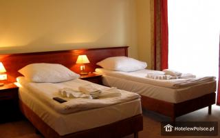 HOTEL EDEN RYDZYNA
